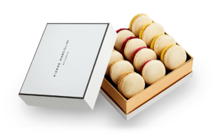 Box of 12 Christmas Macarons