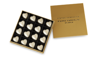 Box of 16 Victoria Beckham Hearts, Christmas Edition