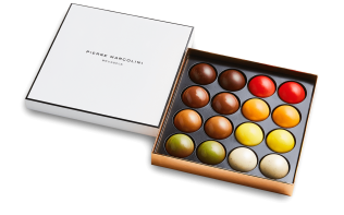 Box of 16 Melove Cakes Pierre Marcolini