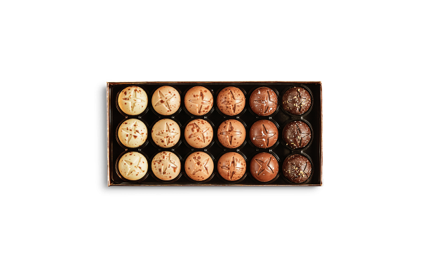 Box of 18 Praline Sleigh Bells Pierre Marcolini