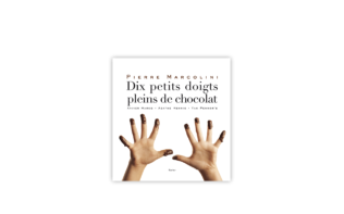 "Book: ""Dix Petits Doigts Pleins de Chocolat"", in French"